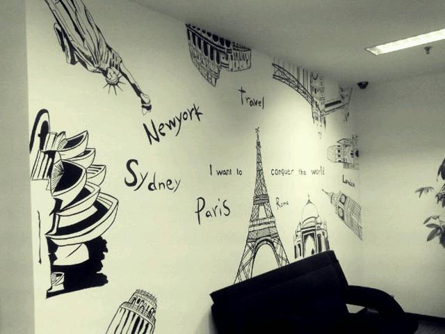 字母地图与著名建筑手绘墙作品